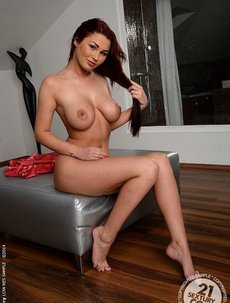 Antonya Busty Amateur Brunette