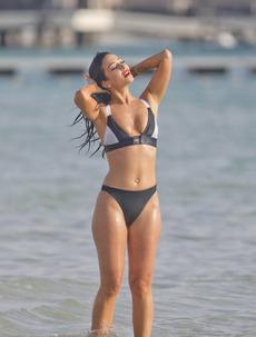Tulisa Contostavlos In Her Bikini