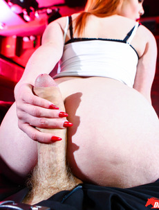 Ella Hughes Pierced Clit Fucked And Jizzed