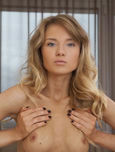 Gorgeous Monika Shows Her Sexy Naked Body