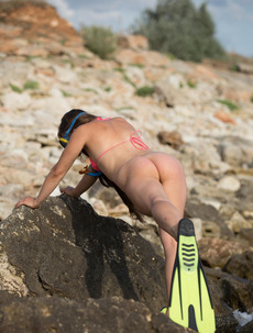 Sexy Mermaid Julia Steel Gets Nude On The Rocks