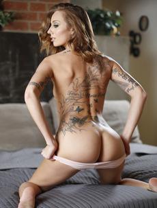 Kassie Kay Taking A Huge Dick In Her Pussy
