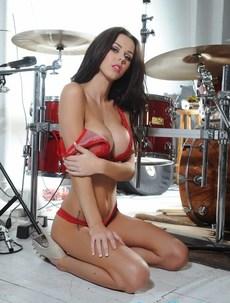 Jennifer Ann Starts Stripping