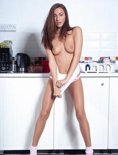 Kitchen Hotties
