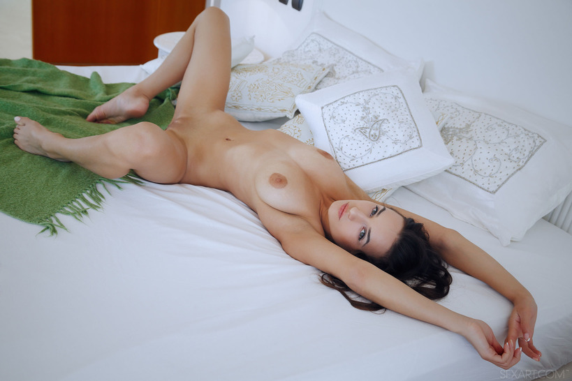 Gorgeous Gloria Sol Masturbates In Her Bedroom