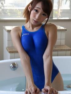 Kurea Hasumi Swimsuit