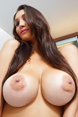 Top-heavy Latina Bombshell