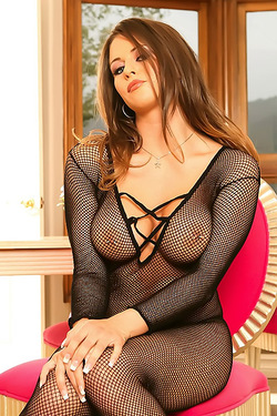 Rachel Roxxx In Sexy Fishnet