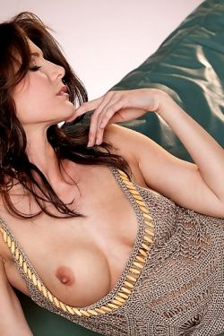 Jenni Lee