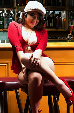 Sophia Jade Unveils Her Juicy Tits