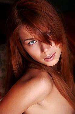 Damn Hot Redhead Kami