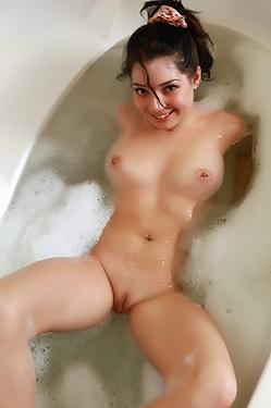 Selma In The Foam