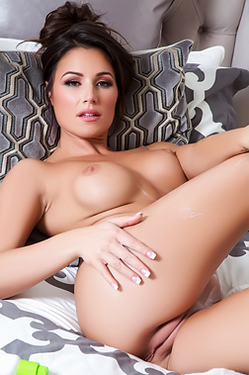 Candace Leilani Naked In Bed
