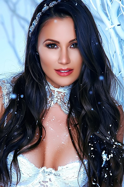 Candace Leilani Nude Winter Queen
