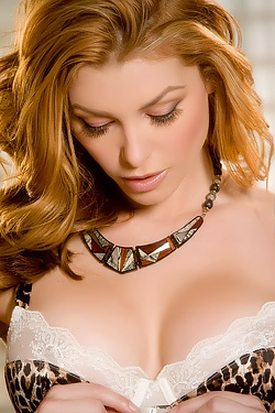 Heather Vandeven Peels Off Her Lingerie