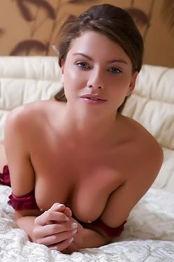 Sensual Newcomer Rebecca C