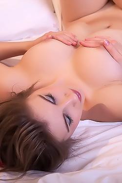 Arlett Naked On Her Bed
