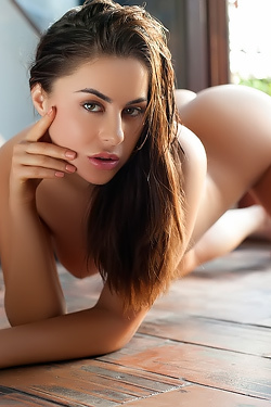 Amazing Skin Of Nikki
