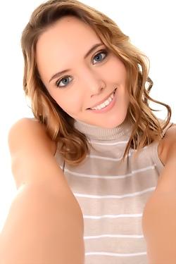 Katya Clover Sweet Cream
