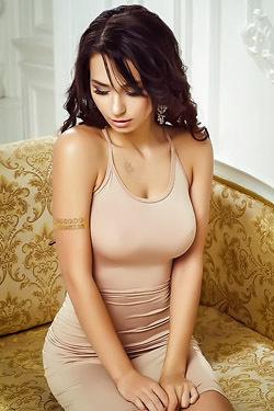 Fitness Model Helga Lovekaty