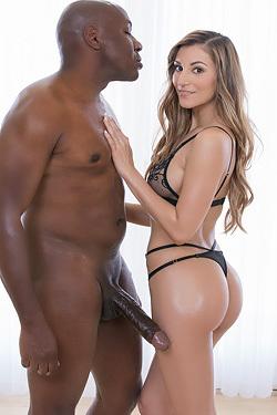 Horny Latina Honey Gets A Big Black Cock