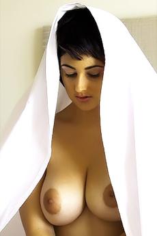Eden Via Nude-Muse
