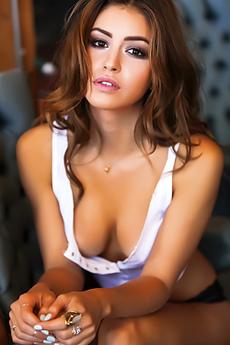 Jehane Gigi Sexy Pictures