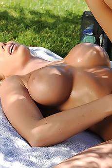 Hot Blonde Girl Dildoing Herself
