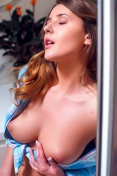 Cuteness Incarnate, Sexy Sybil A