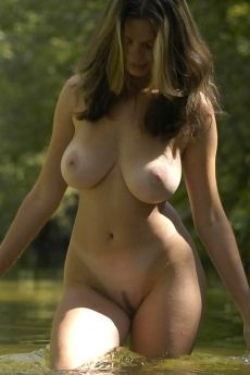 Babe with natural breasts on the lake February 28
